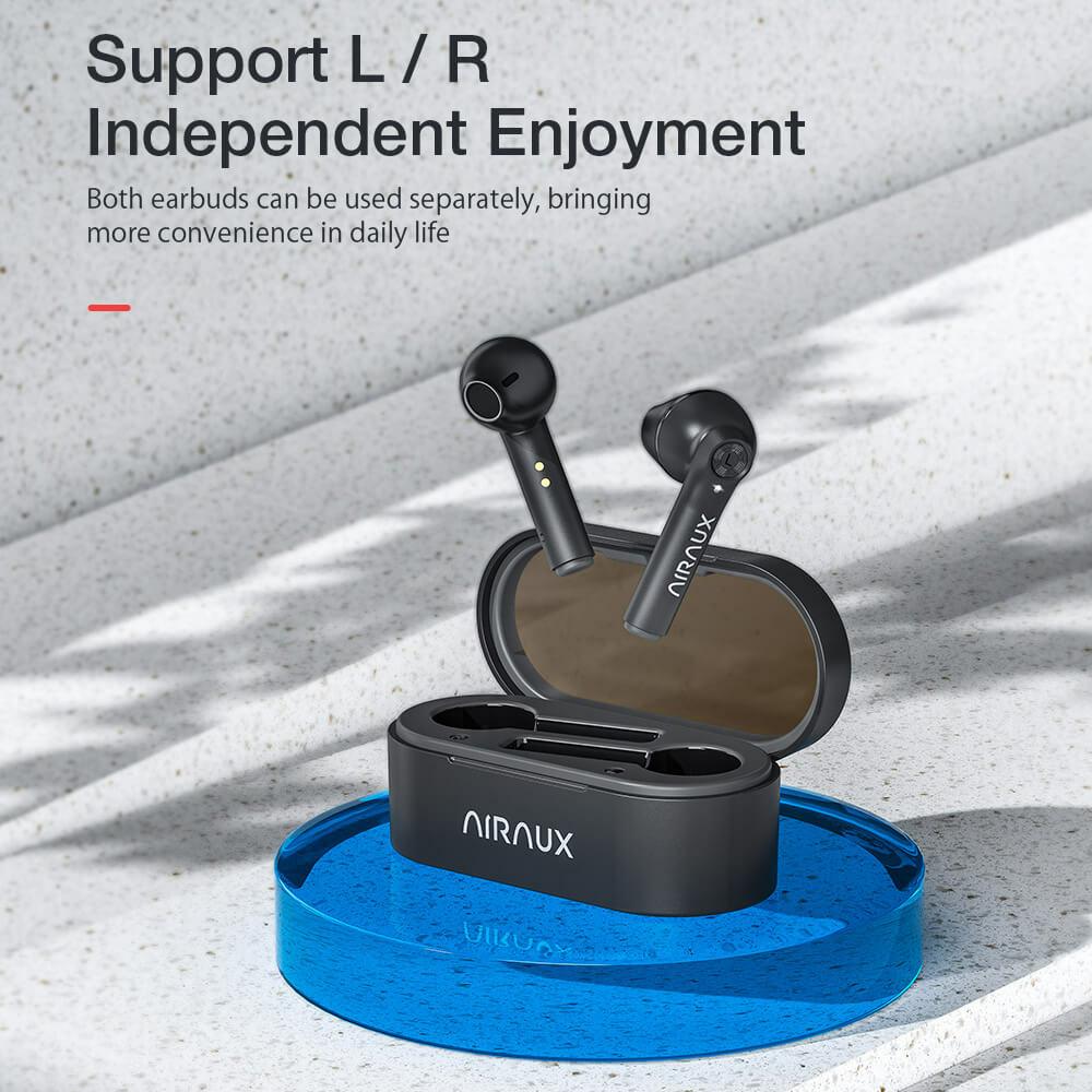 AA-UM7 vezeték nélküli fülhallgatók nyitott töltődobozzal